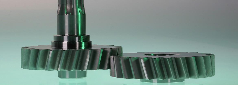 Zahnräder und Ritzelwelle gehärtet und geschliffen Modul 3 schrägverzahnt; Ritzelwelle mit Steckverbindung|Auch in der konventionellen…